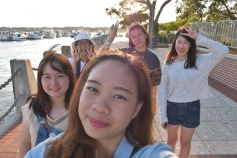 5 girls in Beaufort Water Festival (ไม่โฟกัสฉัน...)